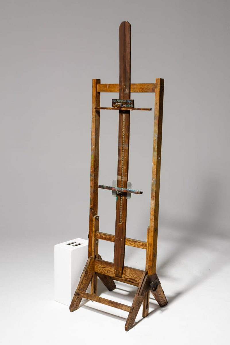 Alternate view 1 of Pablo Artist Easel