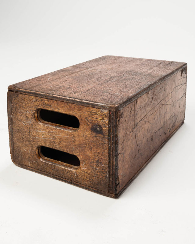 Front view of Distressed Full Apple Box
