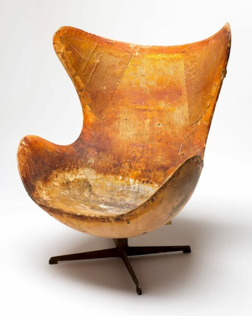 Front view of Vintage Distressed Egg Chair