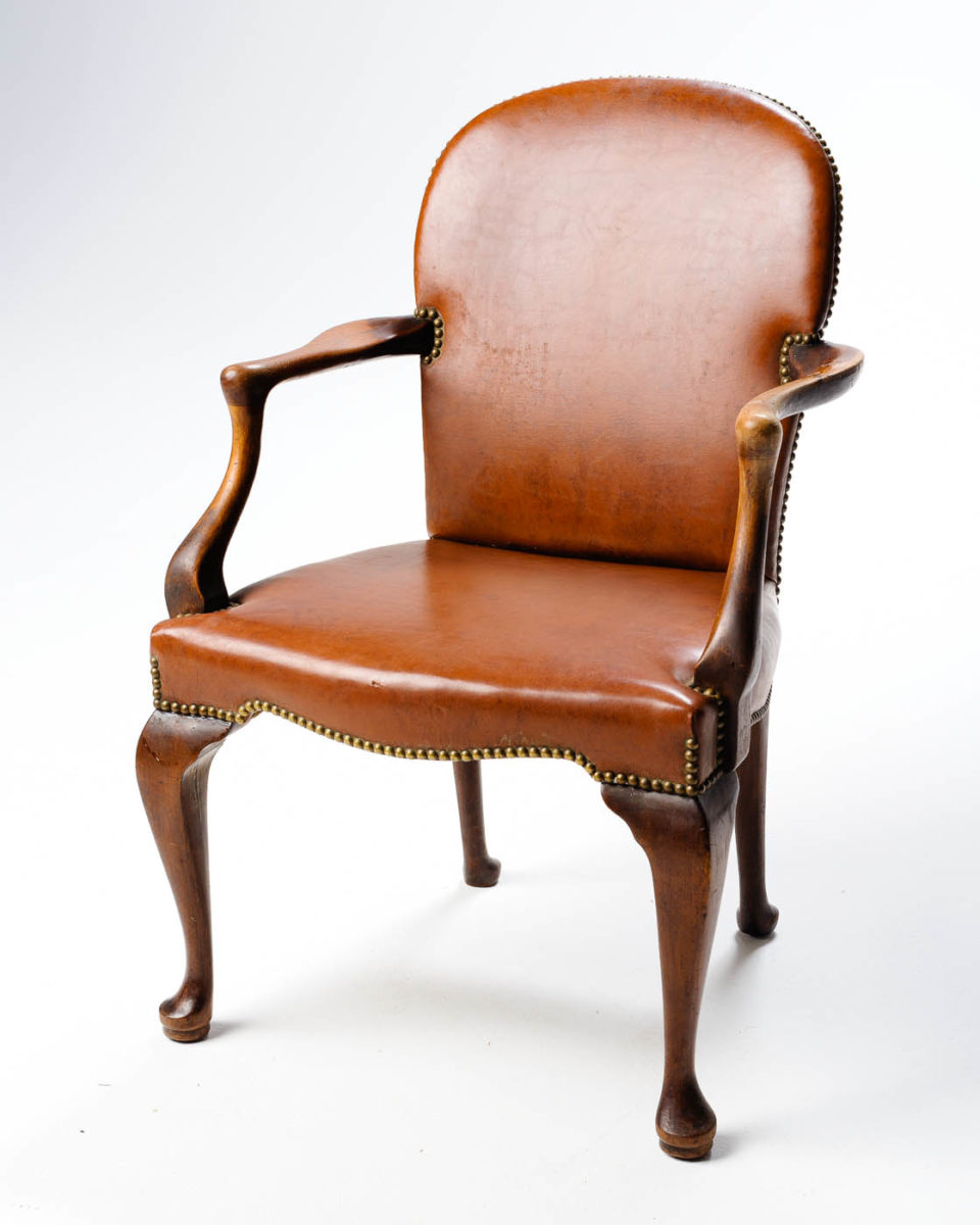 Front view of Sylvester Chair