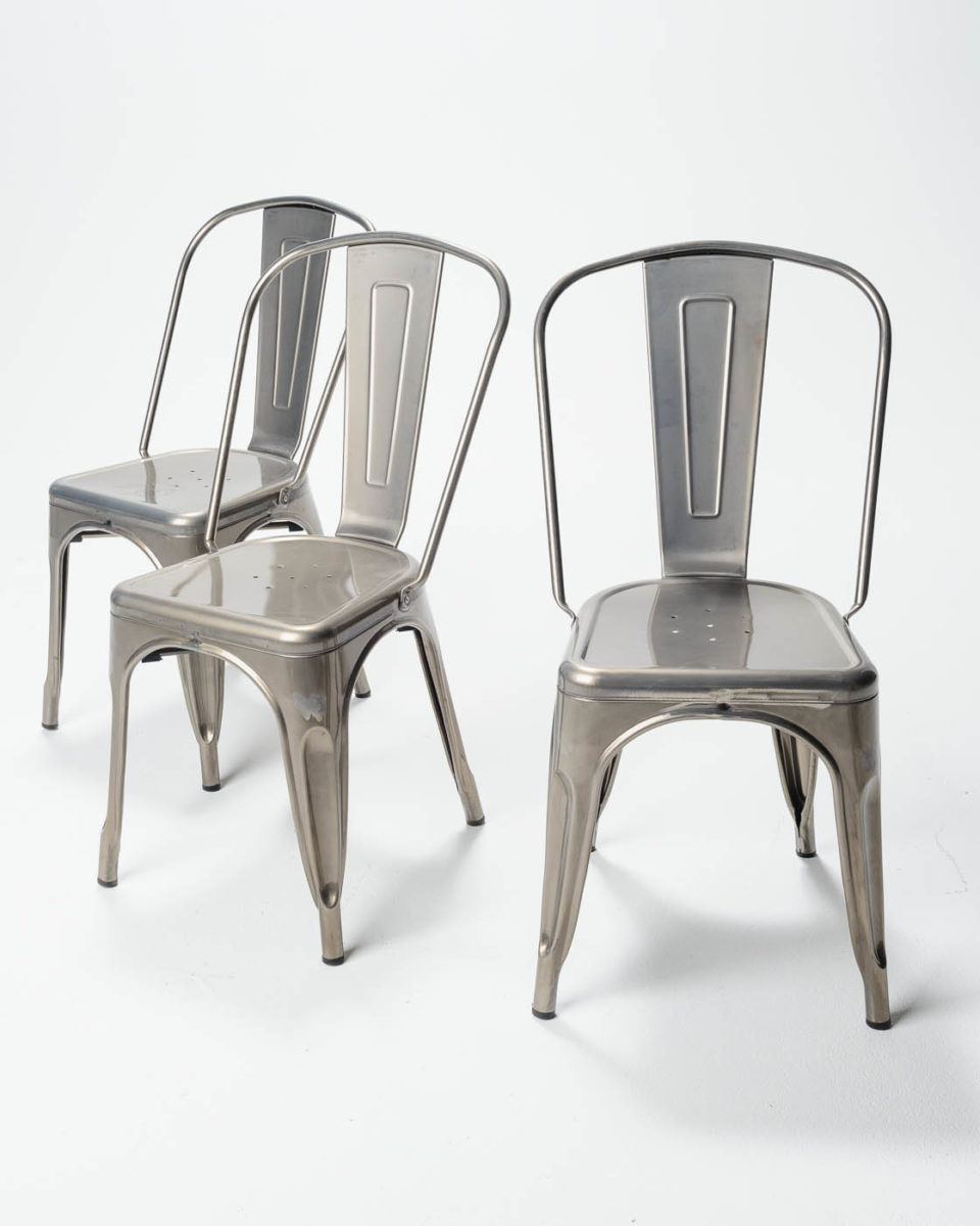 Front view of Oslo Chair