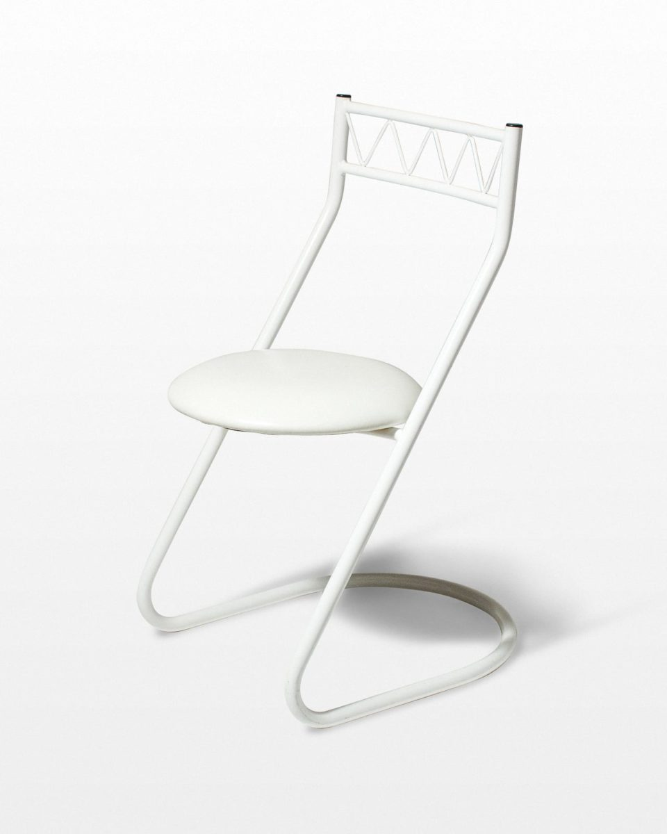 Front view of Venturi Chair