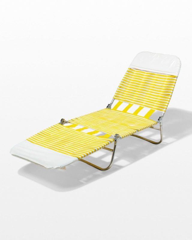 Front view of Polly Beach Chair