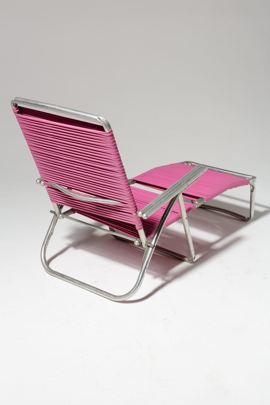 Ch446 Victoria Pink Beach Lounge Chair Prop Rental Acme