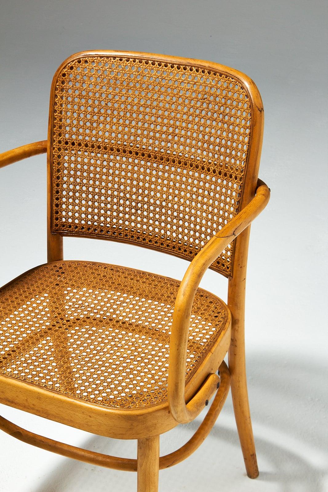 CH494 Waverley Bentwood Cane Chair