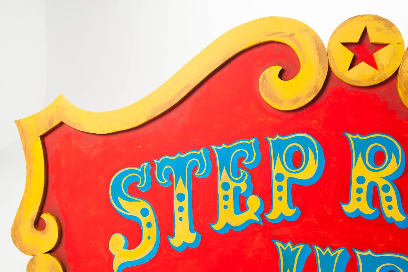 Cu002 Step Right Up Sign Prop Rental Acme Brooklyn