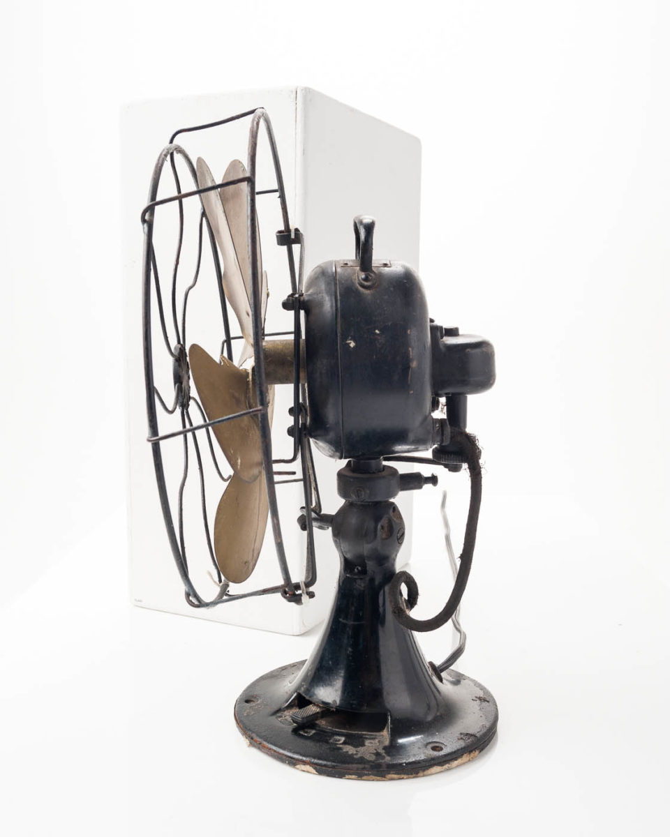Fa011 Antique Emerson Table Fan Prop Rental Acme Brooklyn