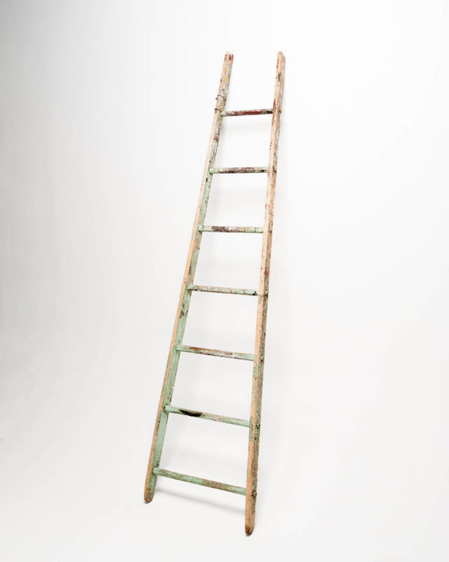 Front view of 7 1/2 Foot Flared Straight Ladder