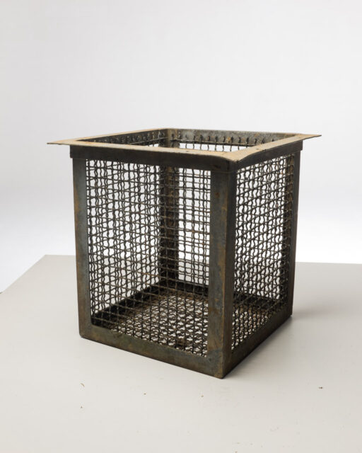 Front view of Metal Wire Basket