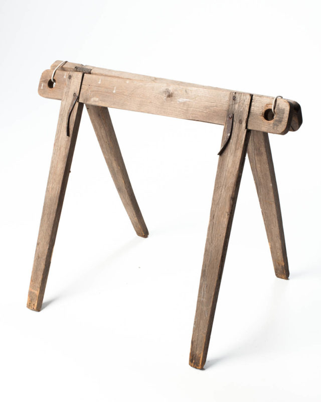 Front view of Catskill Sawhorse