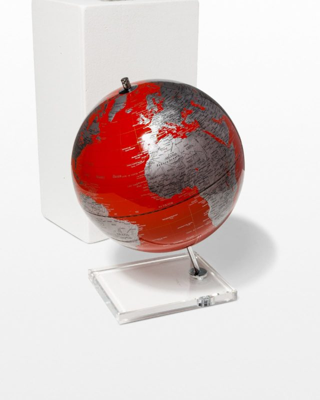 Front view of Scarlet Globe