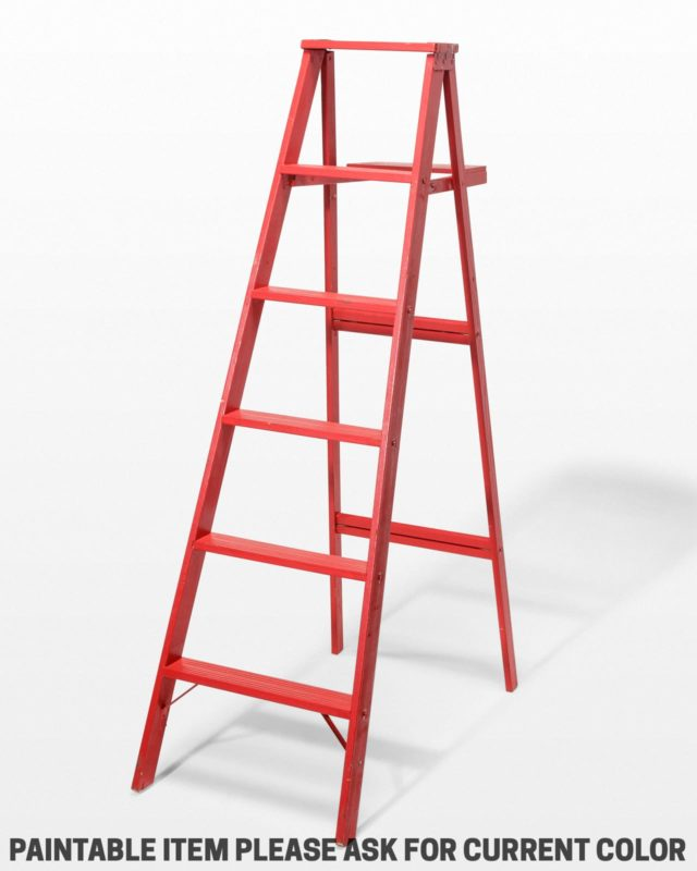 Front view of 5 1/2 Foot Cole Paintable Ladder