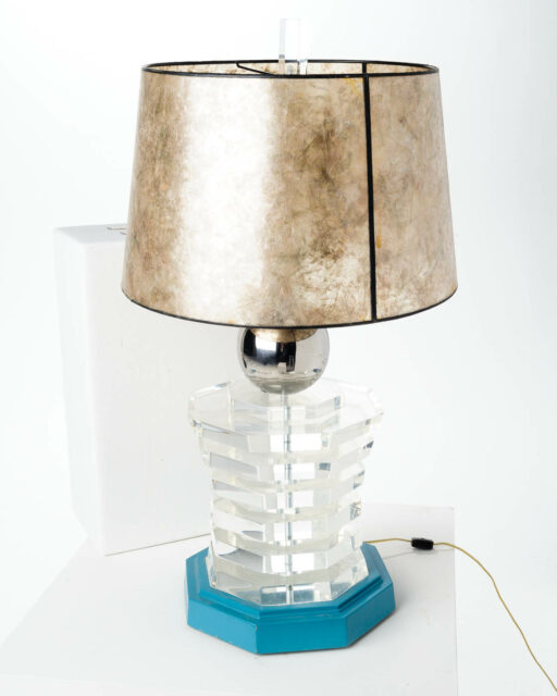 Front view of Stacked Levels Lamp
