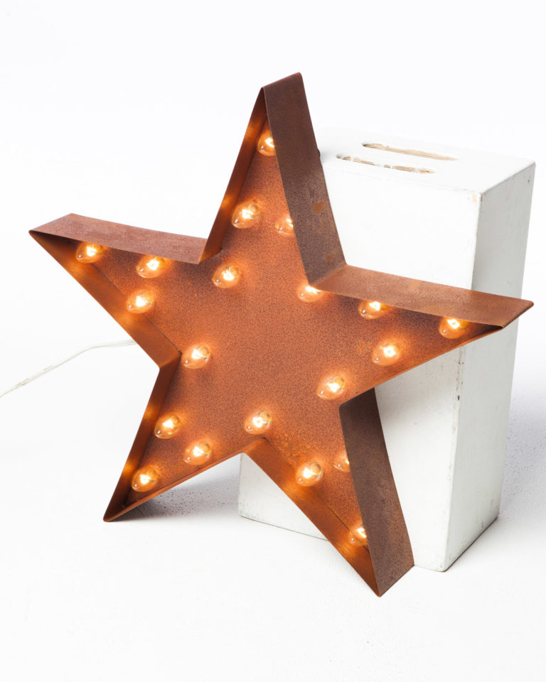 Front view of Small Lighted Metal Patina Star
