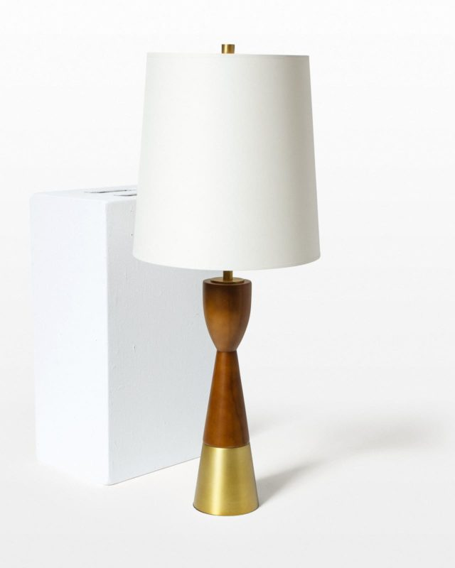 Front view of Hollin Lamp