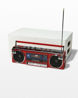 Front view of Lauryn Red Boombox