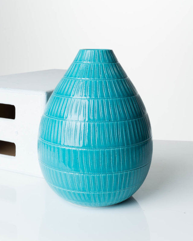 Front view of Tossi Accent Vase
