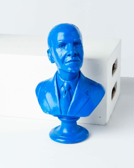 Front view of Obama Bust