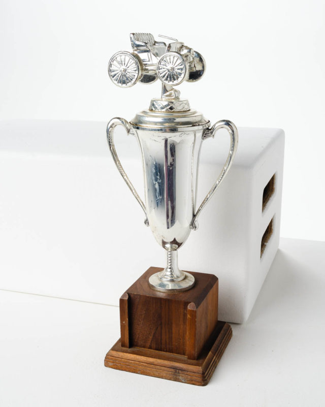 Front view of Racer Trophy