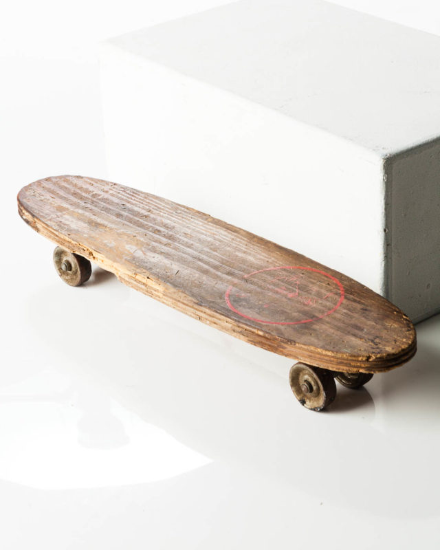 Front view of Stefan Skateboard