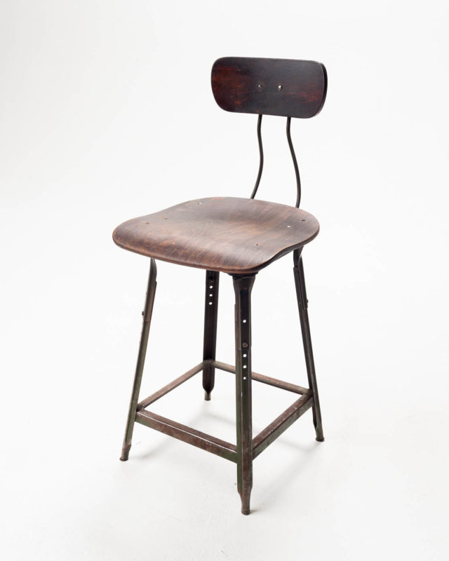 Front view of Seatback Stool