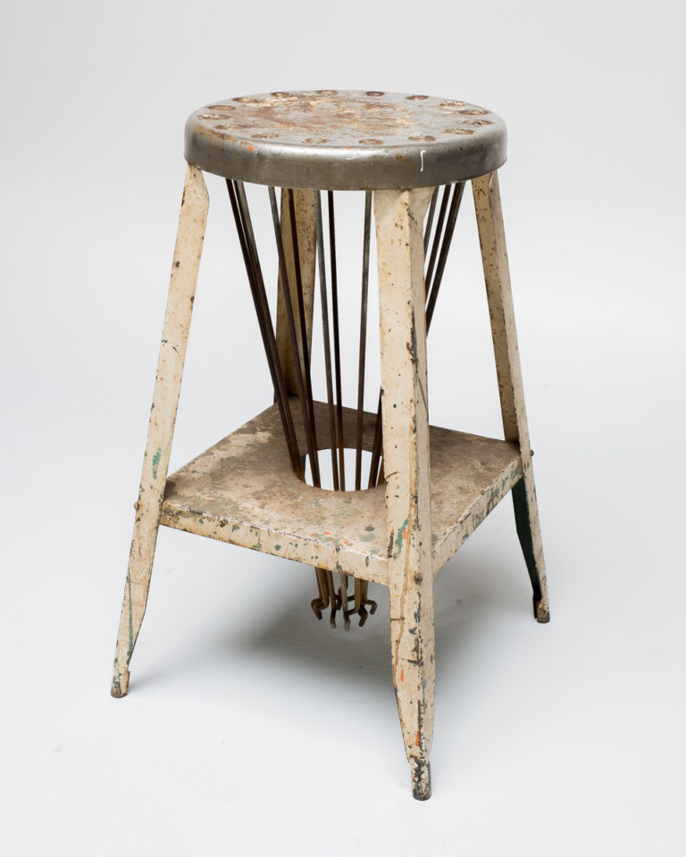 Front view of Machine Stool