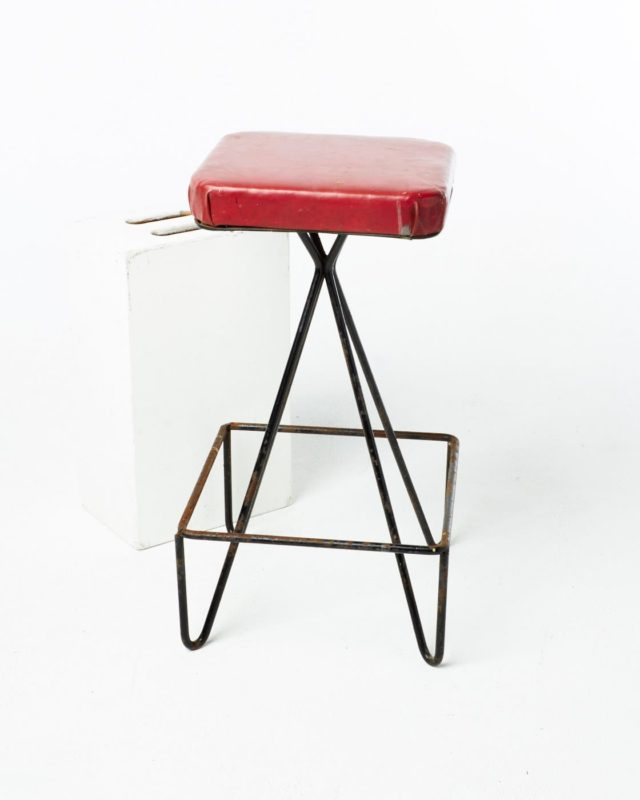 Front view of Andee Stool