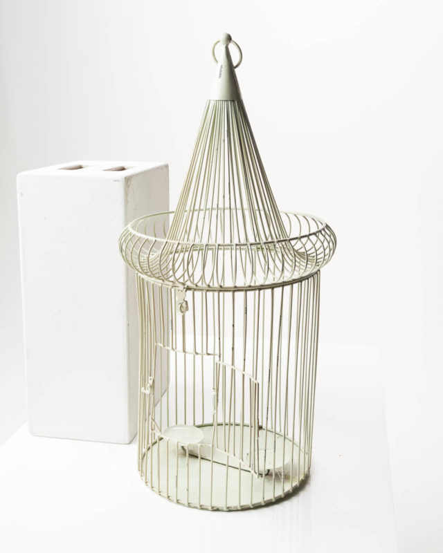 Front view of Jordyn Birdcage