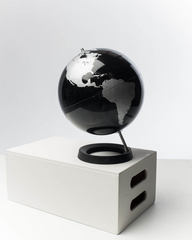 Front view of Black and Grey Globe