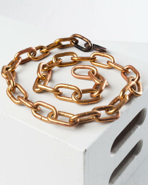 Front view of Gold Link Chain