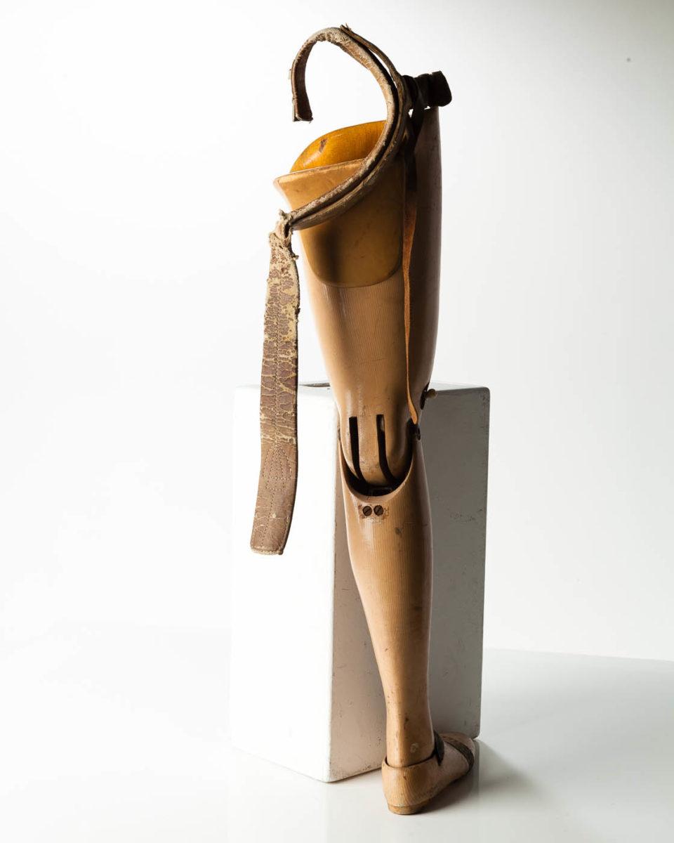 Ta082 Antique Prosthetic Leg Prop Rental Acme Brooklyn