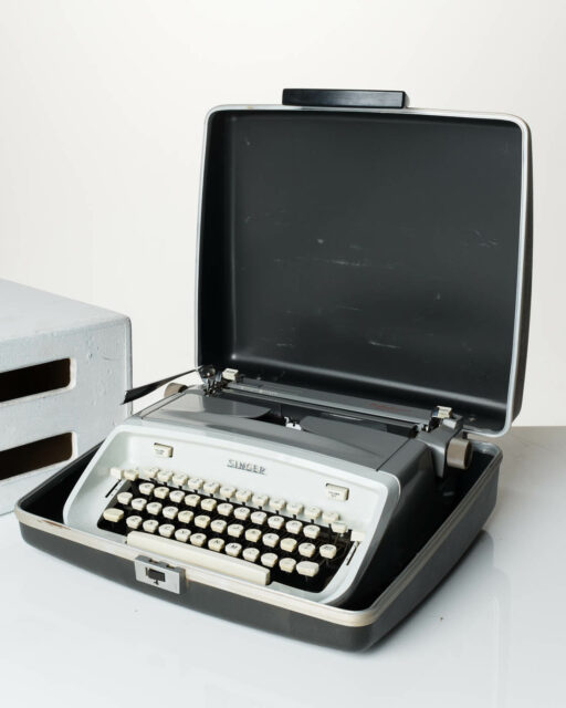 Front view of Smithers Typewriter