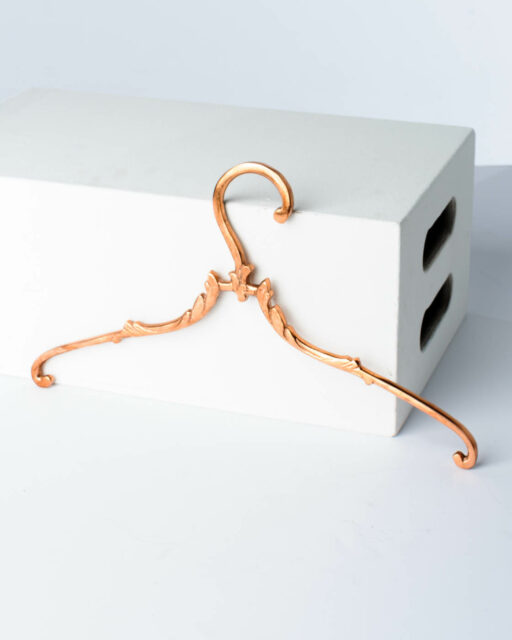 Front view of Ralph Metal Hangers