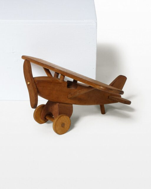 Front view of Jig Toy Plane