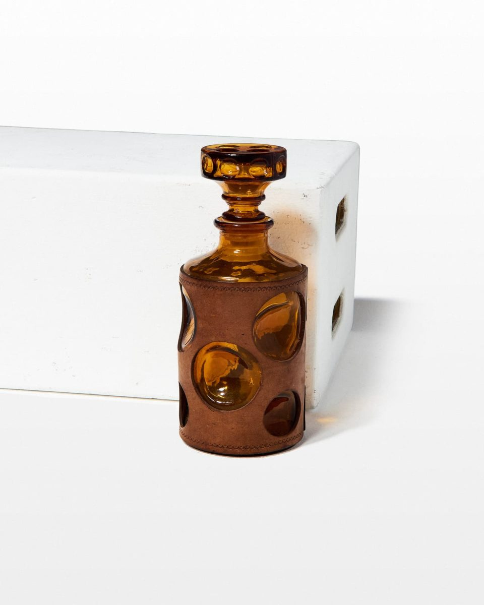 Front view of Greta Decanter