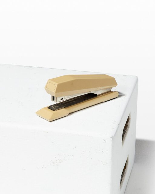 Front view of Modo Stapler