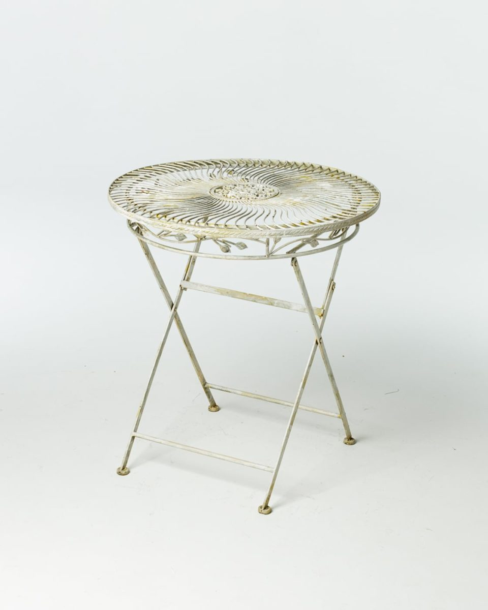 Front view of Audrey Garden Table