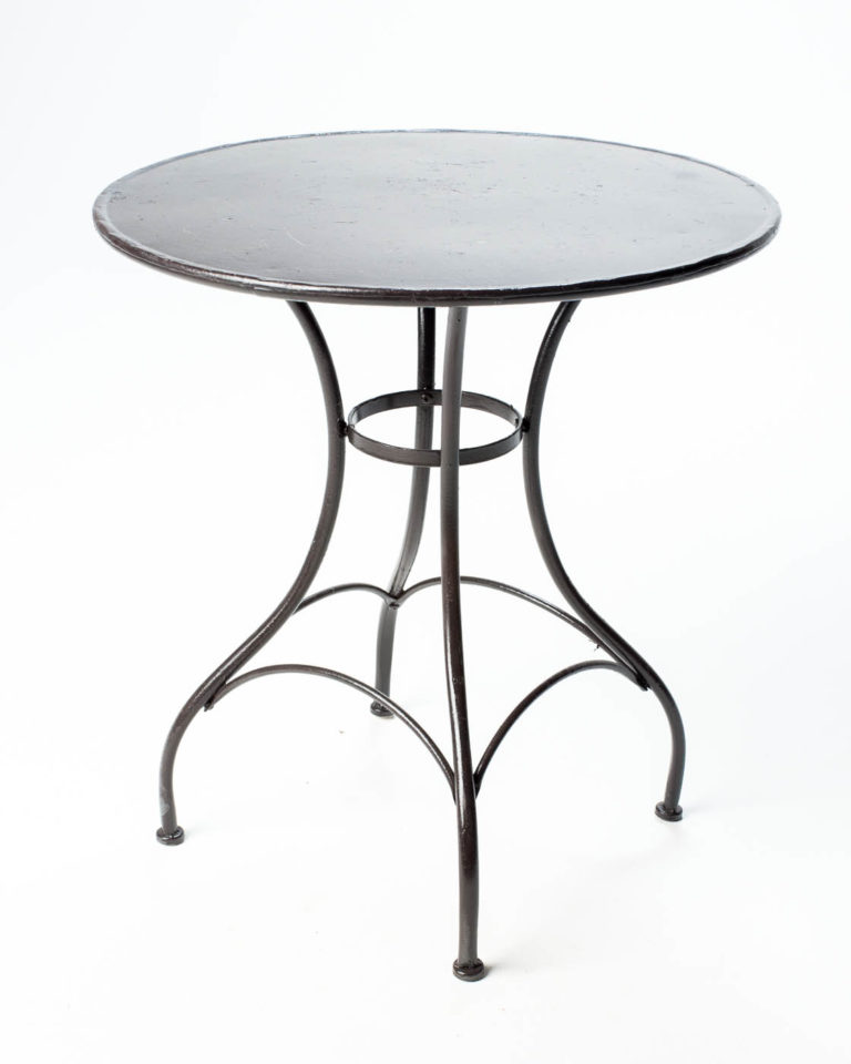 Front view of Luciano Cafe Table
