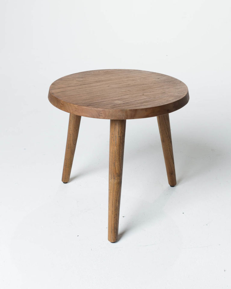 Front view of Edgewood Round Side Table