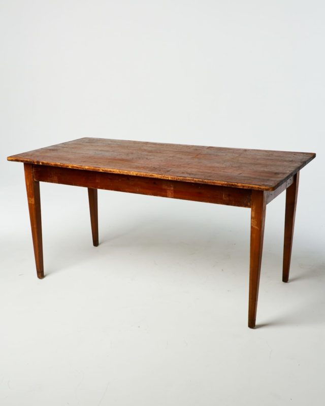 Front view of Brooke Table