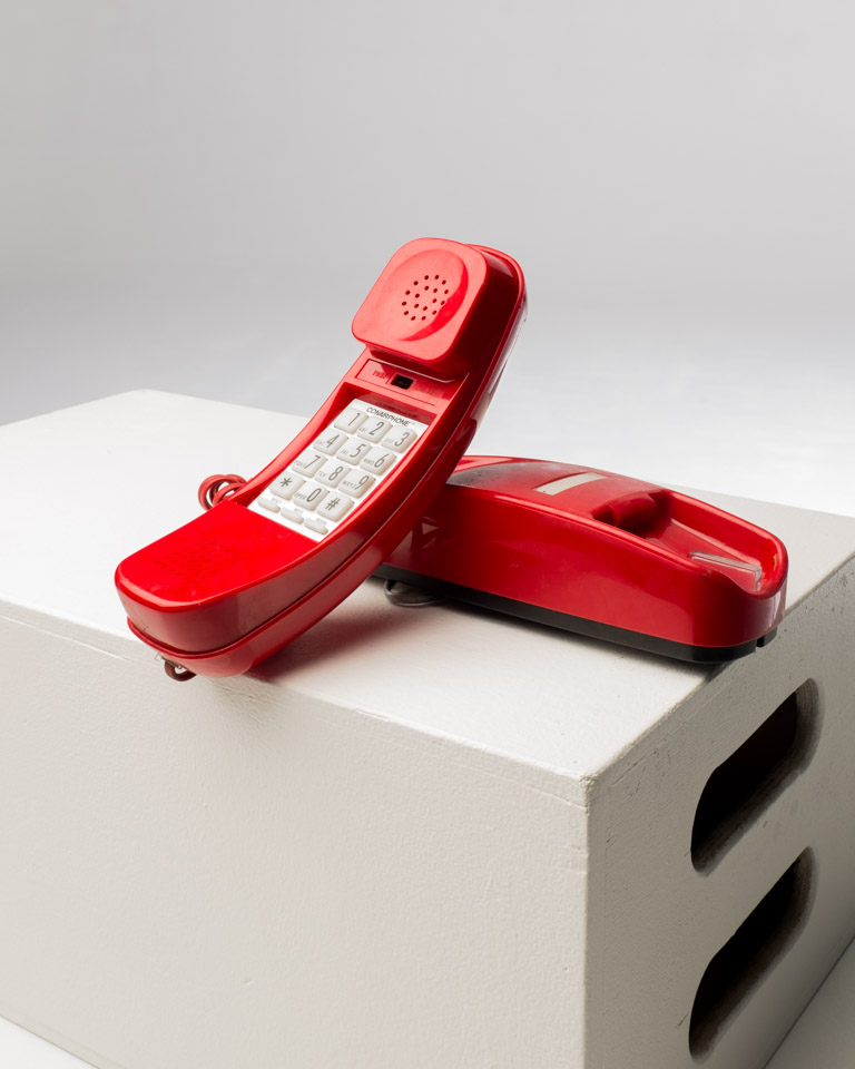 Front view of Red Condor Trimline Phone