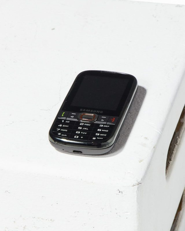 Front view of Samsung Keyboard Cell Phone