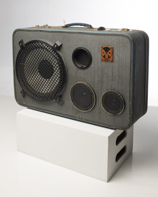 Front view of Speaker Suitcase