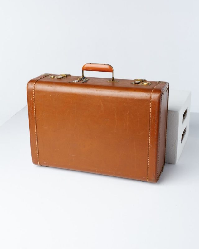 Front view of Fraiser Luggage