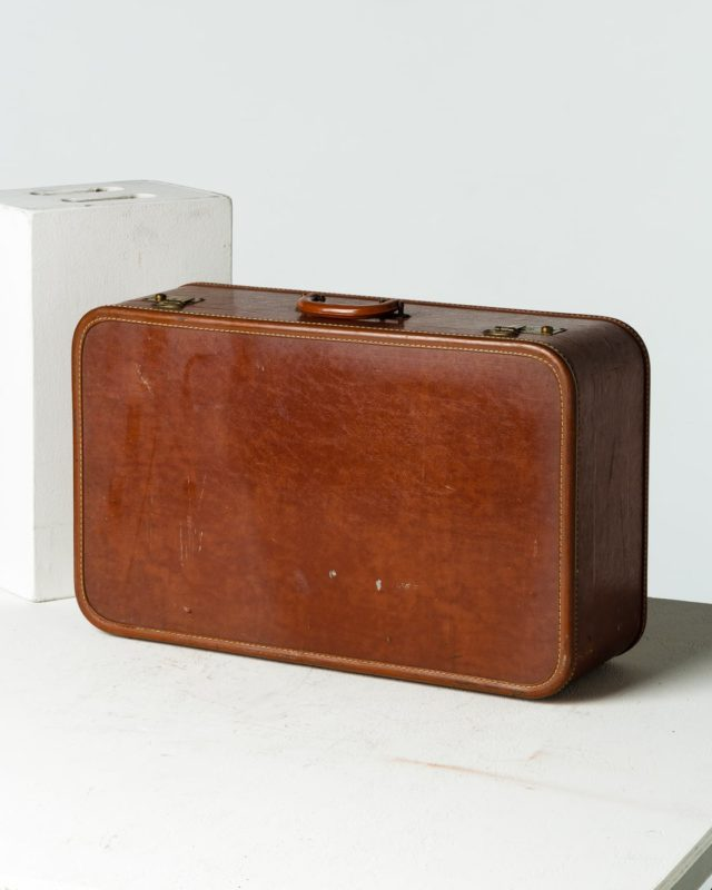 Front view of Donovan Luggage