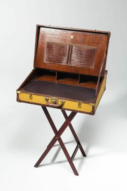 Front view of Range Fold Out Luggage Desk