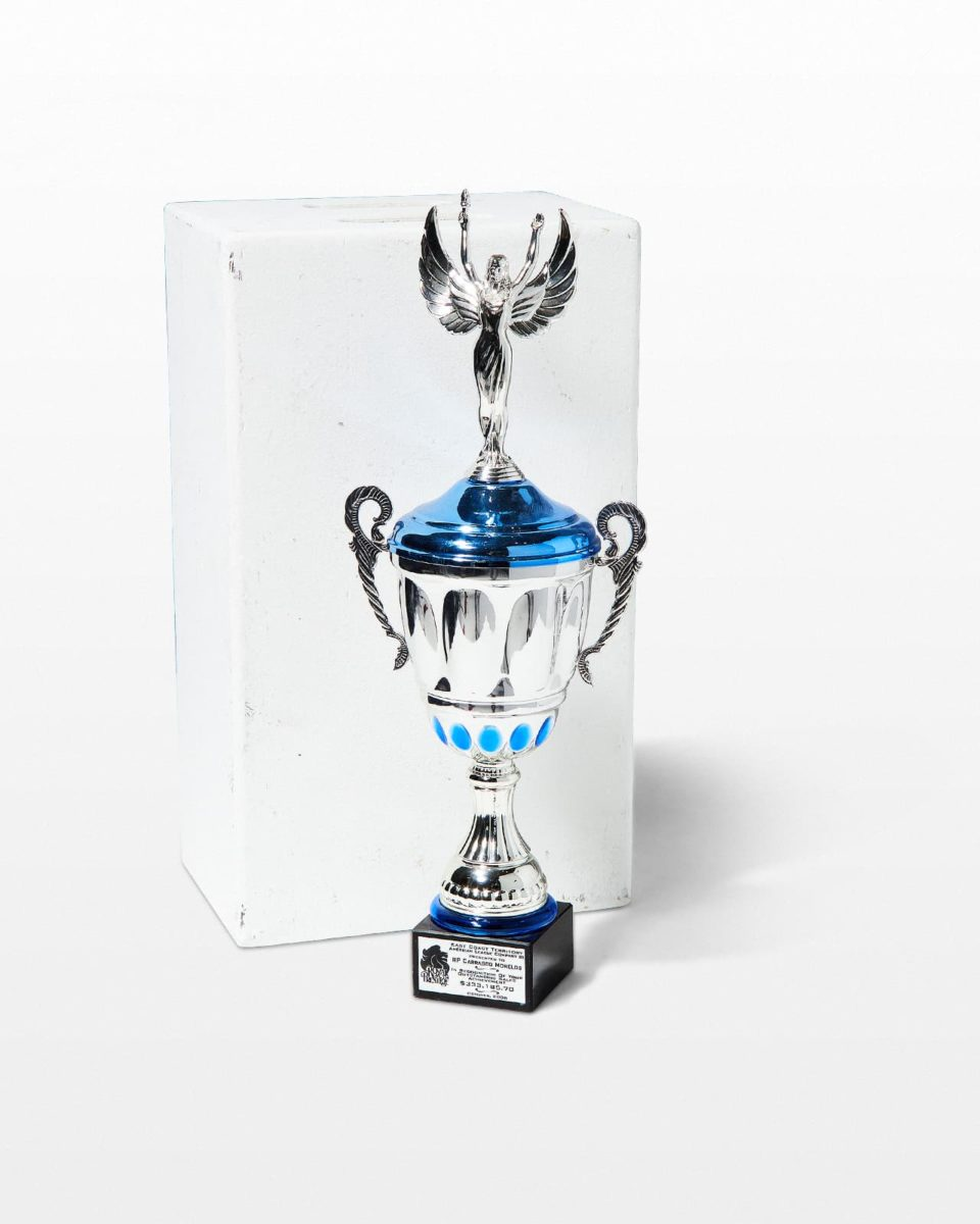 Front view of Hermes Trophy