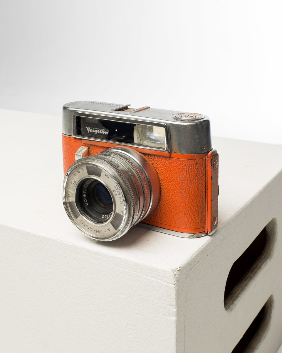 Front view of Orange Voigtlander