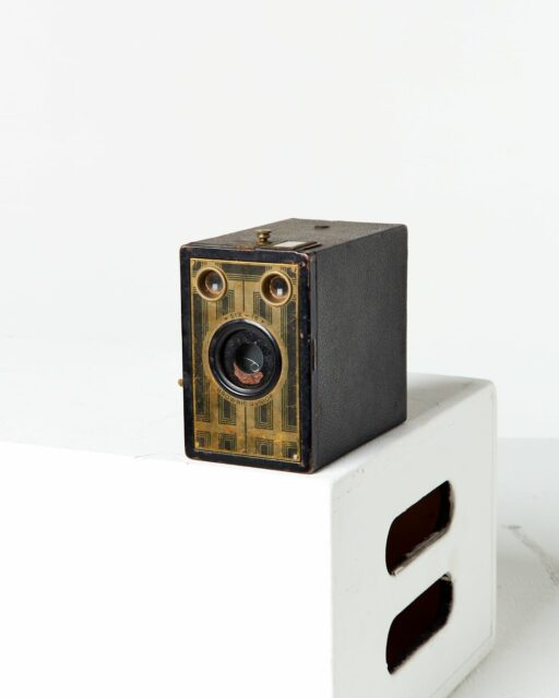 Front view of Kodak Six-16 Brownie Junior Camera