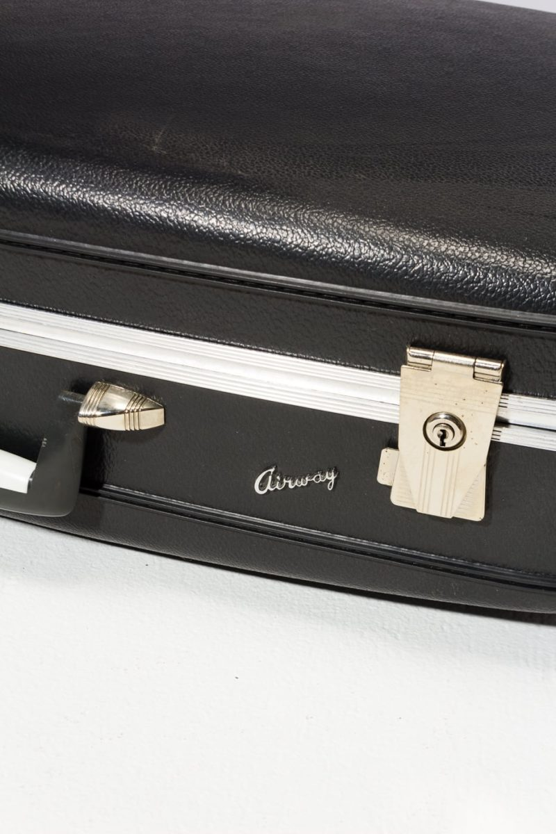 Alternate view 3 of Hewes Luggage Set
